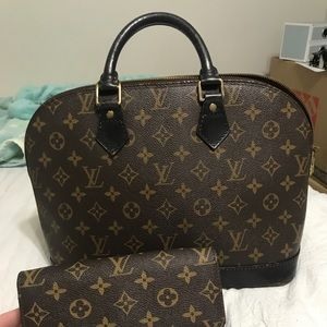 Louis Vuitton Bags - Louis Vuitton Alma PM bag and wallet